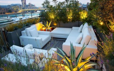 Stunning Roof Terrace Decorating Ideas That You Should Try 31
