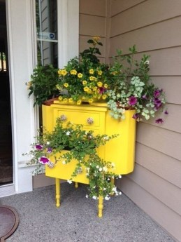 Unique Old Furniture Repurposing Ideas For Yard And Garden 42