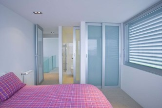Amazing Sliding Door Wardrobe Design Ideas 36