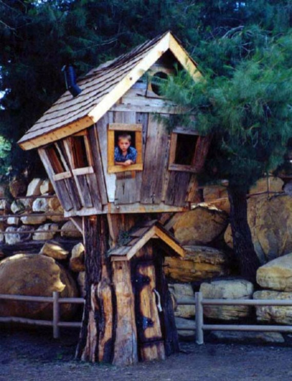 Captivating Treehouse Ideas For Children Playground 27