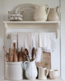 Enchanting Farmhouse Kitchen Decor Ideas To Try Nowaday 20