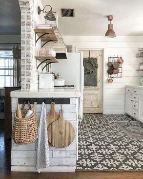 Enchanting Farmhouse Kitchen Decor Ideas To Try Nowaday 51