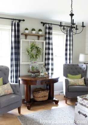 Fancy Farmhouse Living Room Decor Ideas To Try 08