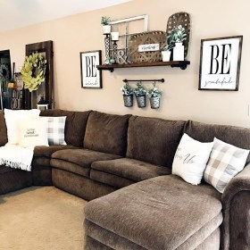 Fancy Farmhouse Living Room Decor Ideas To Try 48
