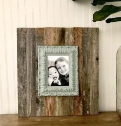 Fascinating Wood Photo Frame Ideas For Antique Home 13