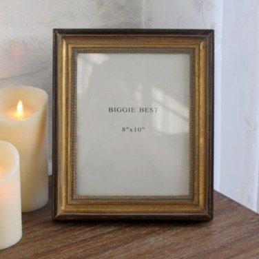 Fascinating Wood Photo Frame Ideas For Antique Home 19