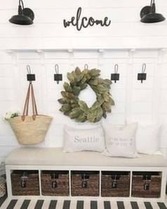 Glamour Farmhouse Home Decor Ideas On A Budget 38