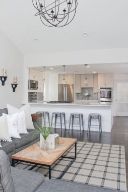 Hottest Farmhouse Living Room Decor Ideas That Looks Cool 33