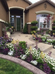 Newest Front Yard Landscaping Design Ideas To Try Now 04