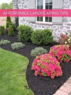 Newest Front Yard Landscaping Design Ideas To Try Now 05