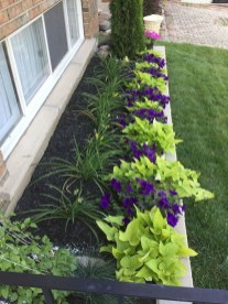 Newest Front Yard Landscaping Design Ideas To Try Now 21