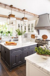 Pretty Kitchen Design Ideas That You Can Try In Your Home 31