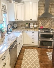 Pretty Kitchen Design Ideas That You Can Try In Your Home 39