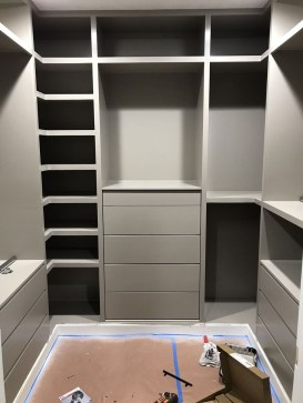 Simple Custom Closet Design Ideas For Your Home 24