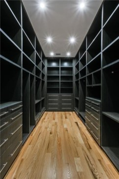 Simple Custom Closet Design Ideas For Your Home 27