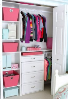 Simple Custom Closet Design Ideas For Your Home 28