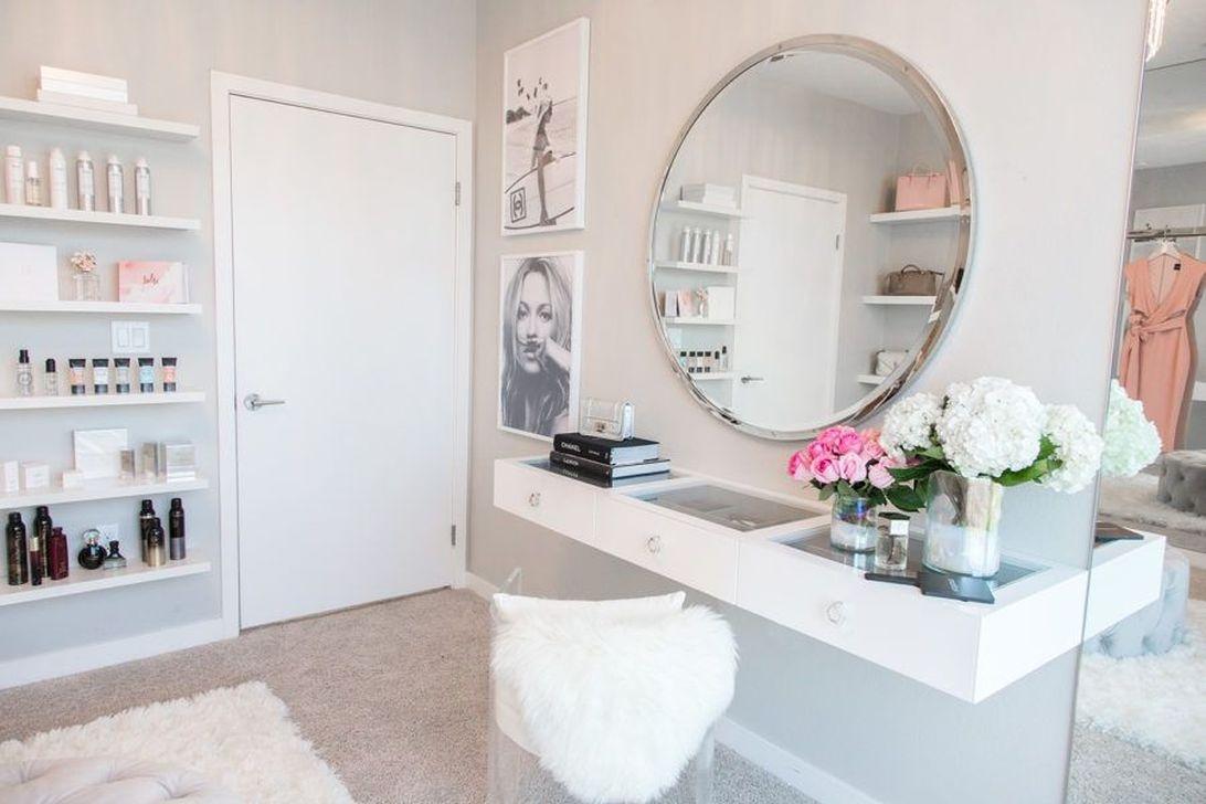 Simple Custom Closet Design Ideas For Your Home 46
