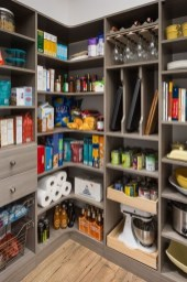 Simple Custom Closet Design Ideas For Your Home 47