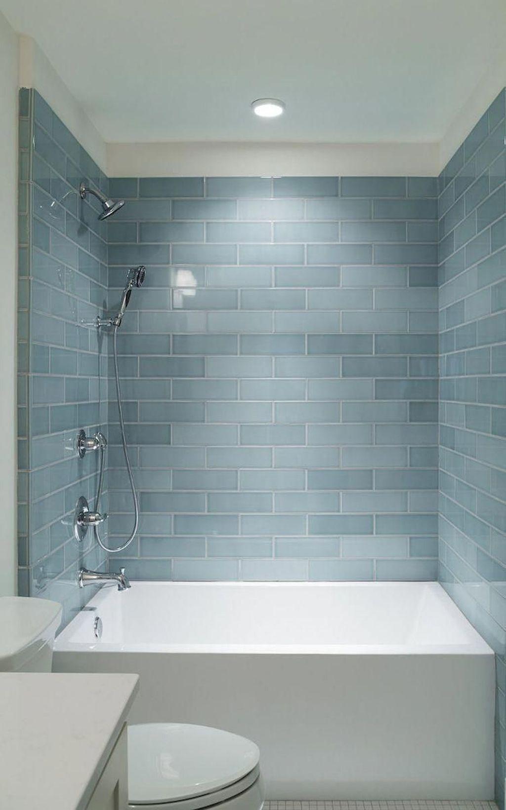Splendid Small Bathroom Remodel Ideas For You 39