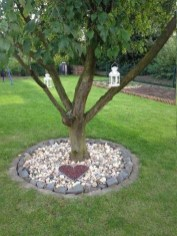 Adorable Flower Beds Ideas Around Trees To Beautify Your Yard 33