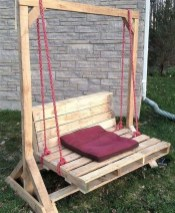 Casual Diy Pallet Furniture Ideas You Can Build By Yourself 13