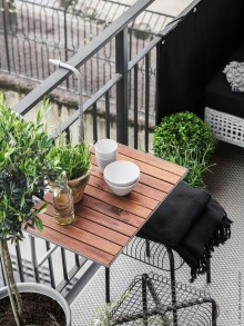 Casual Small Balcony Design Ideas For Spring This Season 01