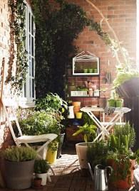 Casual Small Balcony Design Ideas For Spring This Season 13