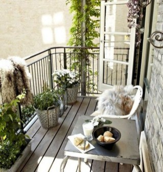 Casual Small Balcony Design Ideas For Spring This Season 21