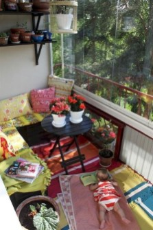 Casual Small Balcony Design Ideas For Spring This Season 24