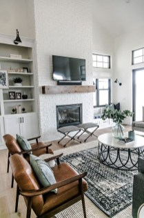 Catchy Farmhouse Decor Ideas For Living Room This Year 19