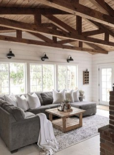 Catchy Farmhouse Decor Ideas For Living Room This Year 29