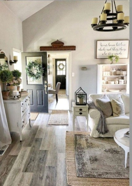 Catchy Farmhouse Decor Ideas For Living Room This Year 35