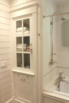 Chic Farmhouse Bathroom Desgn Ideas With Shower 22
