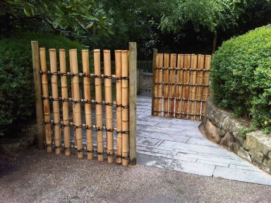 Dreamy Bamboo Fence Ideas For Small Houses To Try 16