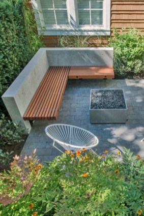 Gorgeous Backyard Landscaping Ideas For Your Dream House 41