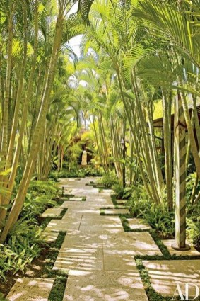 Gorgeous Backyard Landscaping Ideas For Your Dream House 42