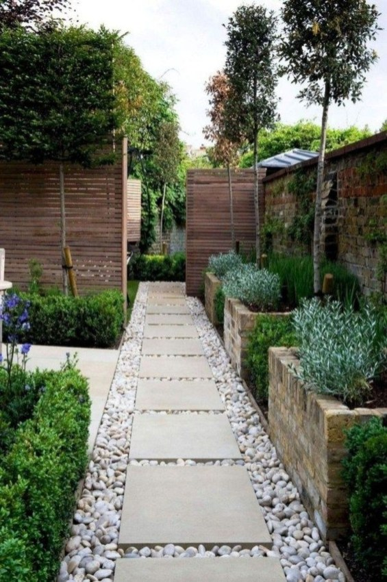 Gorgeous Backyard Landscaping Ideas For Your Dream House 45