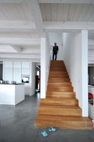 Gorgeous Wooden Staircase Design Ideas For Branching Out 29