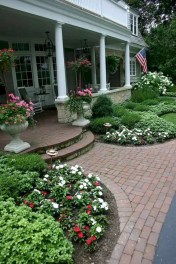 Hottest Backyard And Front Yard Landscaping Design Ideas For Your Dream House 22