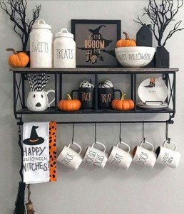 Hottest Halloween Decorating Ideas To Try Now 21