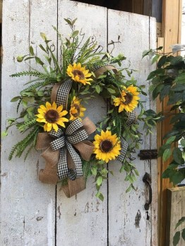 Hottest Summer Wreath Design And Remodel Ideas 25