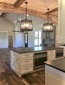 Latest Farmhouse Kitchen Décor Ideas On A Budget 42