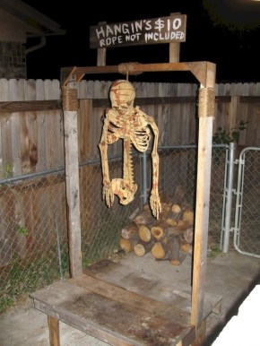 Newest Diy Outdoor Halloween Decor Ideas That Very Scary 15