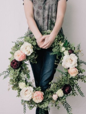 Newest Front Door Wreath Decor Ideas For Summer 24