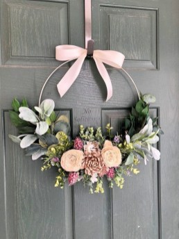 Newest Front Door Wreath Decor Ideas For Summer 33