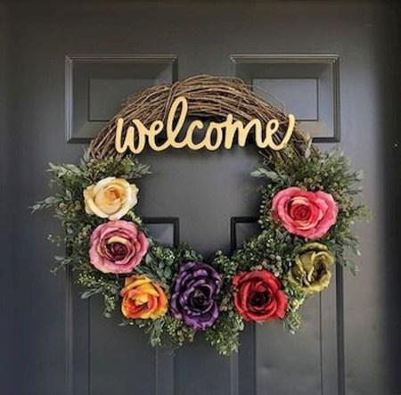 Newest Front Door Wreath Decor Ideas For Summer 39