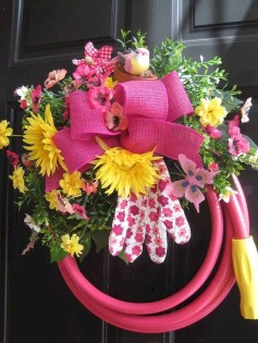 Newest Front Door Wreath Decor Ideas For Summer 44
