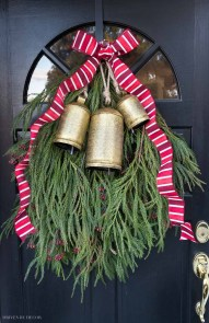 Adorable Front Door Christmas Decoration Ideas That Trend This Year 47
