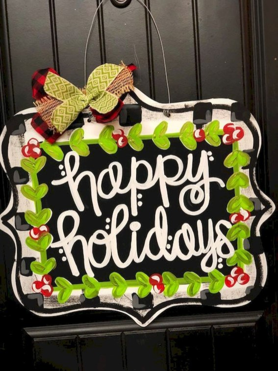 Adorable Front Door Christmas Decoration Ideas That Trend This Year 50