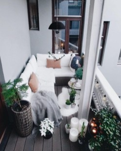 Amazing Balcony Design Ideas On A Budget 19